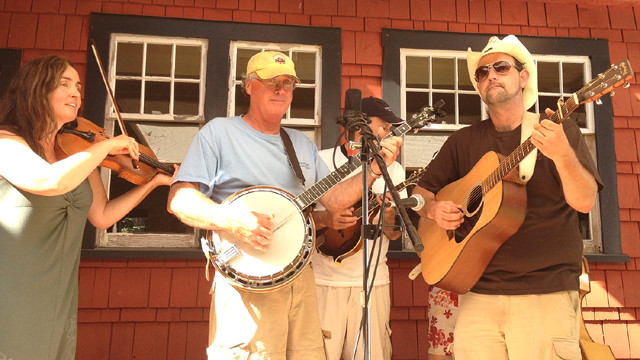 Savary Red House Concert
